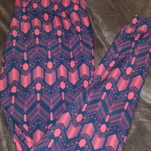 Lularoe Tall And Curvy Leggins